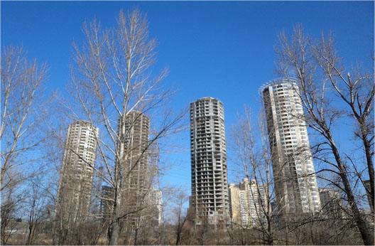 Долгострои зданий высотных